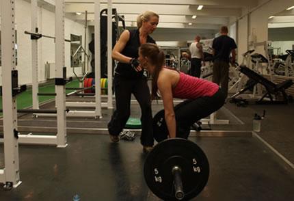 Undervisning i styrketræning for kvinder